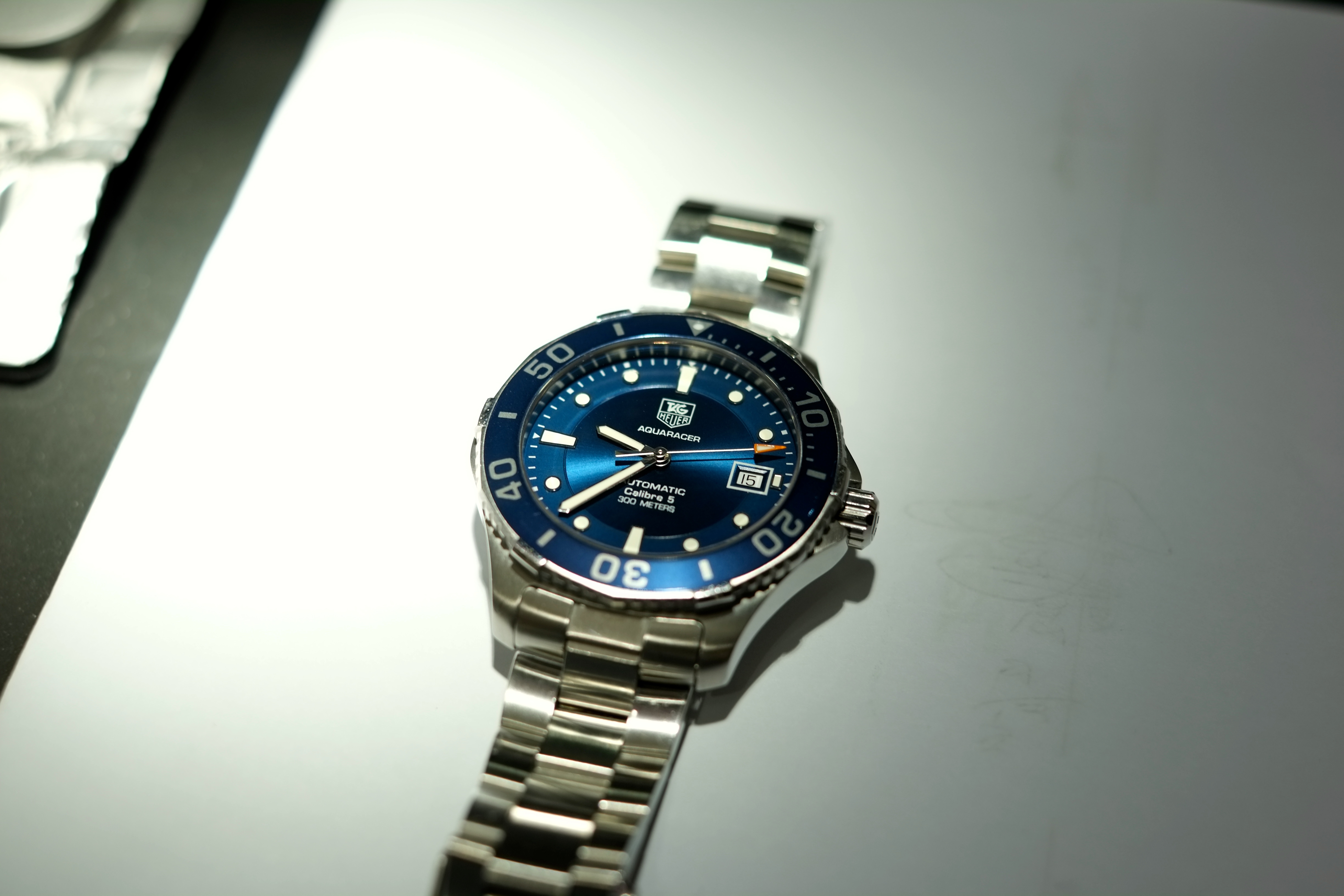 Tag heuer aquaracer 300 review wan2111 journeyman for The tag heuer aquaracer