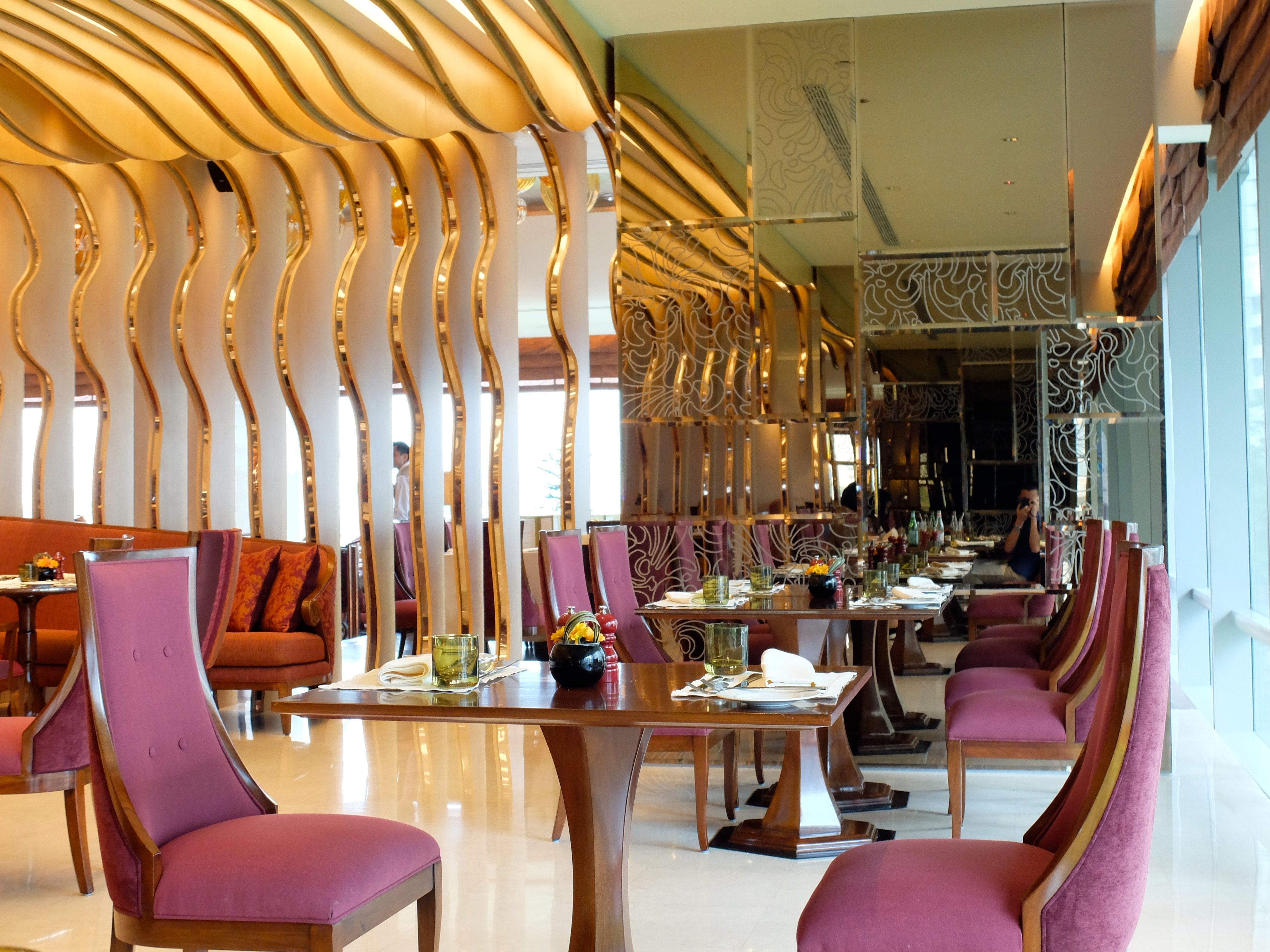 Last week i tried a new buffet restaurant in jakarta located in raffles hotel jakarta kuningan i have tried and some reviewed several 5 10 hotel